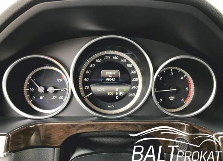 Mercedes E220 cdi - фото 12