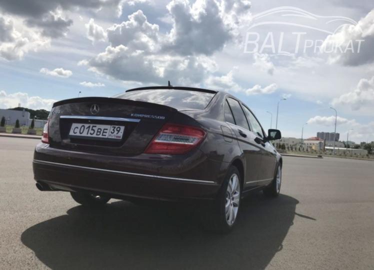 Mercedes Benz C200 - фото 4