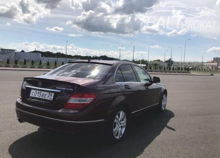 Mercedes Benz C200 - фото 3