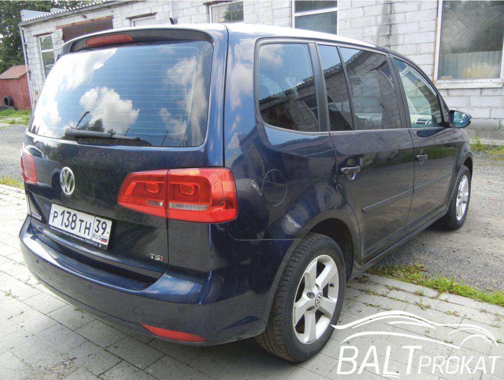 Volkswagen Touran - фото 6