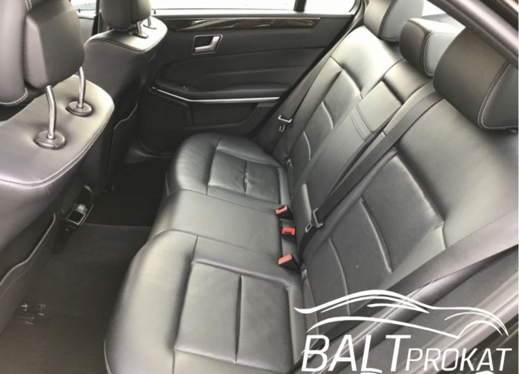 Mercedes E220 cdi - фото 9