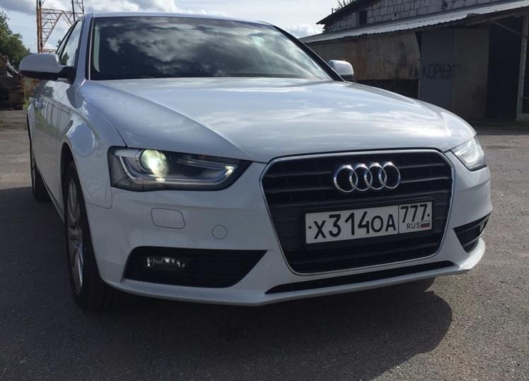 Audi A4 - фото 2