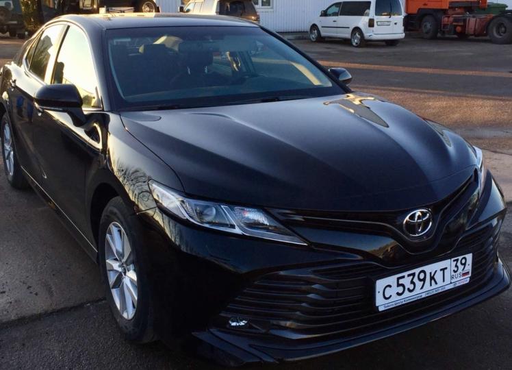 Toyota Camry 2019 чёрный фото 1