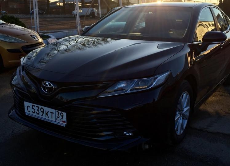 Toyota Camry 2019 чёрный фото 5