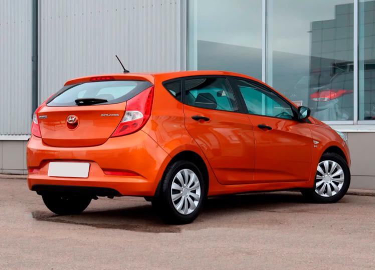 Hyundai Solaris 2014 оранжевый фото 2