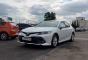Toyota Camry 2020 белая фото 1