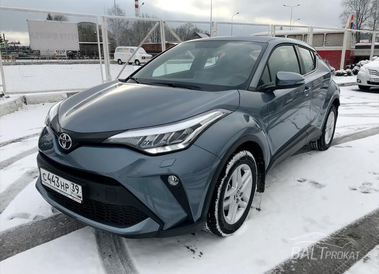 Аренда Toyota C-HR 2020 в Калининграде фото 1