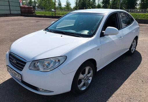 Hyundai Elantra 2008 белая