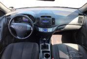 Hyundai Elantra фото 4